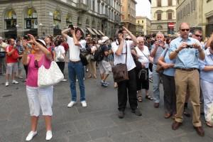039a Florence Tourists