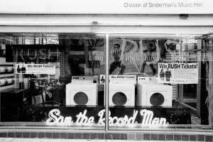 052a Sam the Record Man